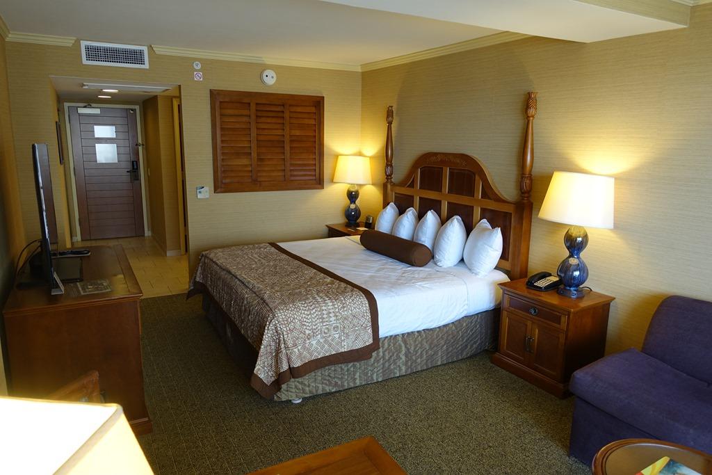 Outrigger Reef Waikiki Beach Resort(アウトリガー・リーフ・ワイキキ・ビーチ・リゾート)宿泊レビュー。