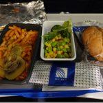 ユナイテッド航空 国際線エコノミークラス搭乗レビュー。成田→ホノルル直行便。