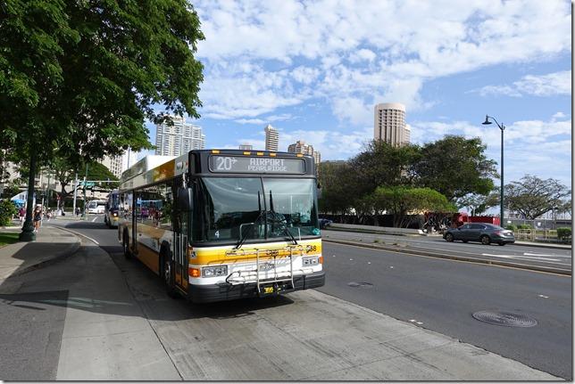 ハワイの公共バス「TheBus(ザ・バス)」の活用方法と注意点。