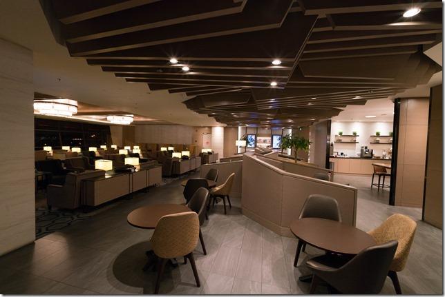 チャンギ空港ターミナル1「Plaza Premium Lounge(プラザ・プレミアム・ラウンジ)」レビュー。