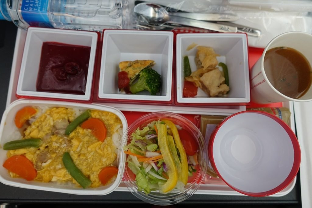 JALクアラルンプール便の機内食