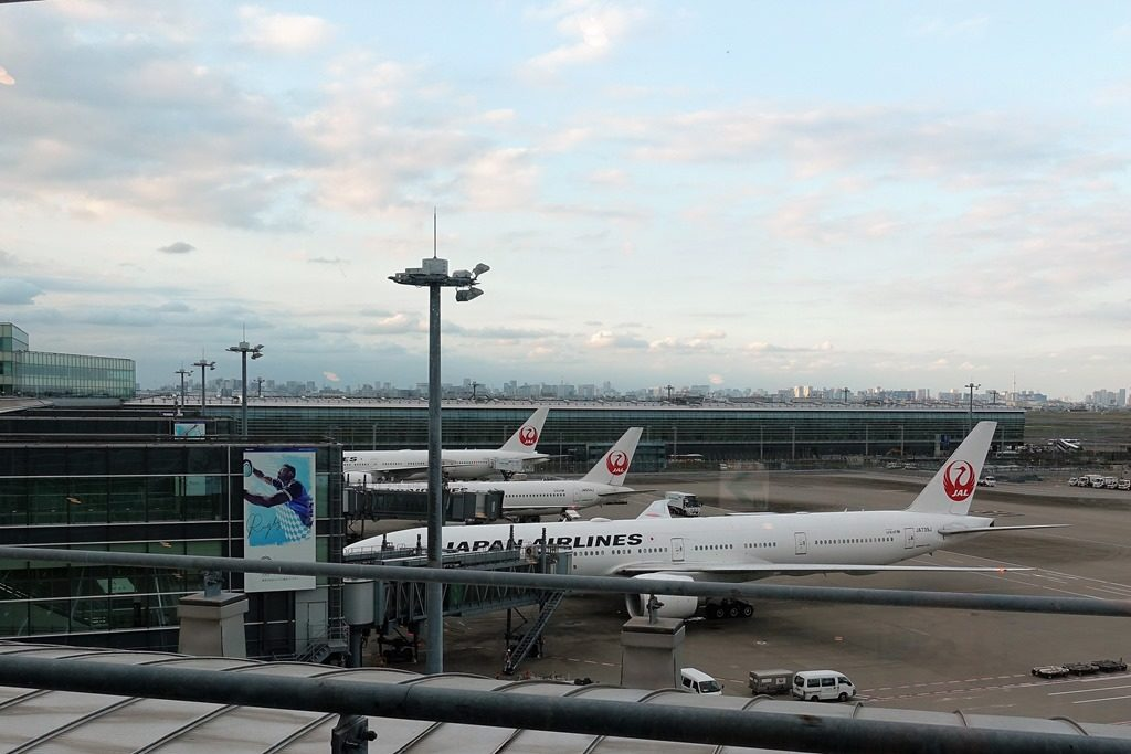 ハワイ直行便の航空会社比較